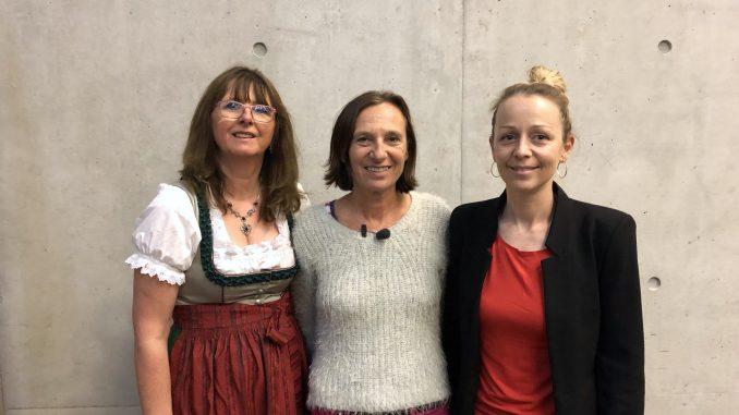 v. l. n. r.: Elisabeth Krenner (stv. Vorsitzende Monitoringausschuss Salzburg), Karin Astegger (Vorsitzende Monitoringausschuss Salzburg), Christine Steger (Vorsitzende Bundesmonitoringausschuss)
